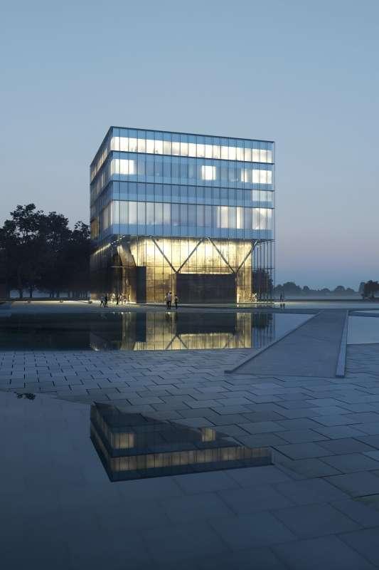 Trilateral Wadden Sea World Heritage Partnership Center in Wilhelmshaven evening