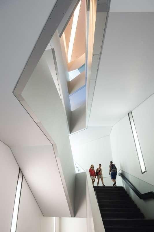 Royal Ontario Museum, Studio Daniel Libeskind