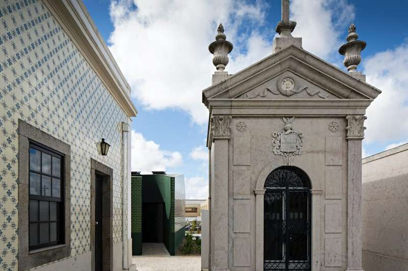 Ílhavo Cemetery Toilet, M2 Senos Architects