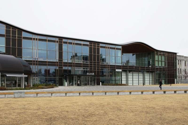 Gifu Media Cosmos, Toyo Ito & Associates