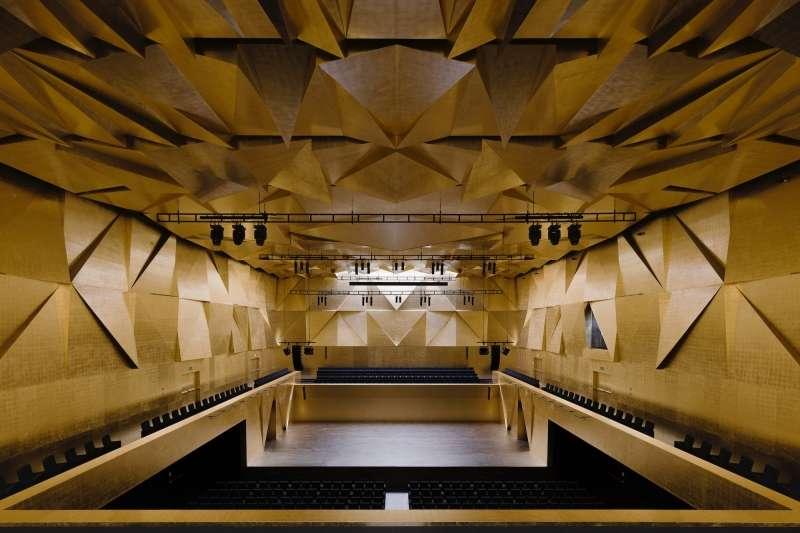Szczecin Philharmonic Hall, Barozzi Veiga
